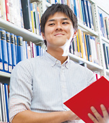 4th Year Student in the Faculty of Commerce and Management Shogo Fujimoto